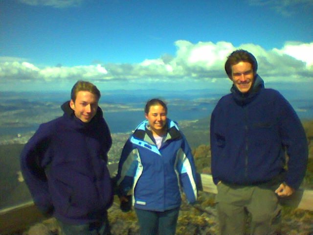 Tim_Jess_Ben_mt_wellington.jpg